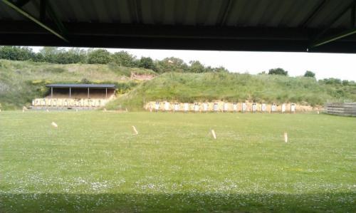 50mtr and 100yds Ranges